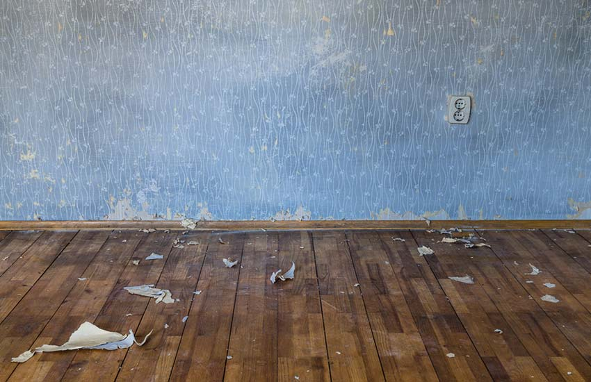How to repair damaged wallpaper